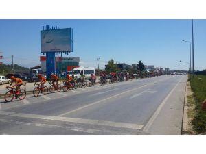 Cumhurbaşkanlığı Türkiye Bisiklet Turu'na bisikletçiler Manavgat'tan geçti