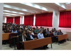 Dicle Üniversitesi Mühendislik Fakültesi'nde stajın önemi anlatıldı