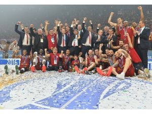 Şampiyon Galatasaray Odeabank; Avrupa'nın manşetinde