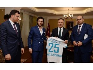 Süper Lige Çıkan Termalspor'dan Vali Altıparmak'a Ziyaret