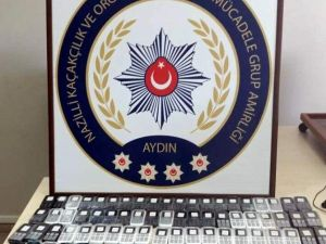 Nazilli'de 80 Kaçak Cep Telefonu Yakalandı