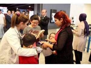 Sağlıkçıya Şiddete Hayır Günü'nde Vatandaşlar Bilgilendirildi