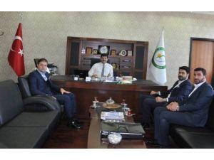 Türkiye Gençlik Vakfı Heyeti Iğdır Üniversitesini Ziyaret Etti