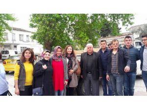 AK Parti Kadın Kollarından Suriyeli Mültecilere Yardım