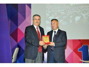 Kaşgari: Doğu Türkistan'ı ayakta tutan İslam dinidir