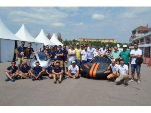 Genç Mühendisler Türkiye'yi Temsil Etmek İçin Sponsor Arıyor