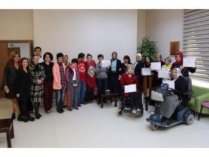 Darıca'da Engelliler Sertifikalarını Aldı