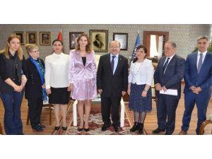 Azeri Milletvekili Paşayeva'dan Başkan Gümrükçüoğlu'na Ziyaret