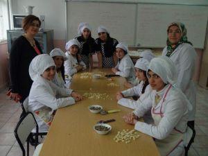 Yozgat'ta Diplomalı Aşçılar Yetişiyor
