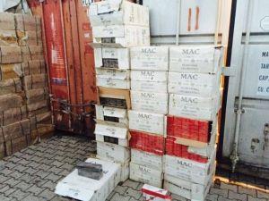 Vand'da 132 Bin Paket Kaçak Sigara Ele Geçirildi