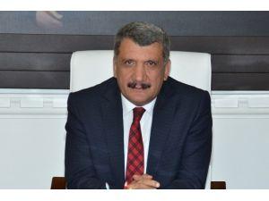 Başkan Gürkan'ın, Emek Ve Dayanışma Günü Mesajı