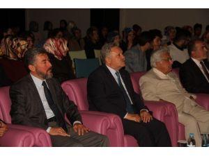 Erzincan Gençlik Meclisinden Konferans