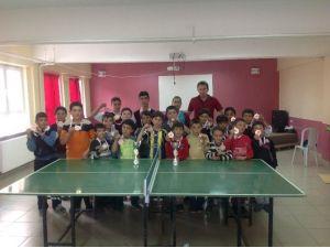 Karbasan Ortaokulunun Sportif Başarıları Göz Kamaştırıyor