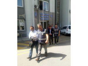 Ankara'dan İzmir'e Define İçin Geldiler, Defineyi Bulmadan Birbirlerine Girdiler