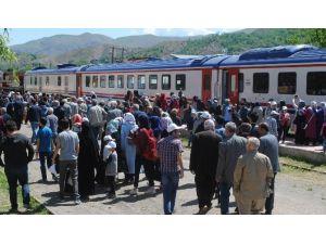 Elazığ'da Trenle Tarihe Yolculuğa Yoğun İlgi