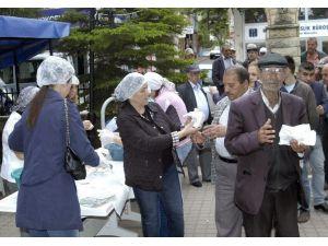 CHP Kadın Kollarından Şehitlerin Ruhuna Mekik İkramı
