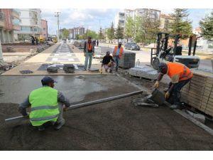 Aksaray'da Kaldırım Çalışmaları Sürüyor