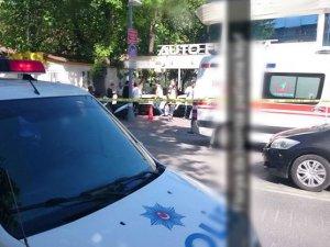Florya'da Galeriye El Bombası Atıldı: Ölü ve Yaralılar Var