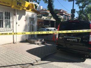 Oto Galeride Silahlı Çatışma: 1 Ölü 2 Yaralı
