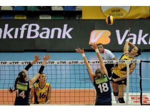 VakıfBank 9. kez Türkiye şampiyonu oldu