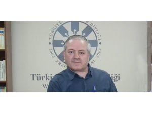 M.hanefi İspirli'den İmza Ve Konferans