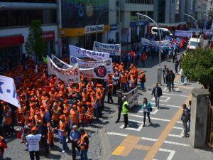 1 Mayıs Emek Ve Dayanışma Bayramı Trabzon'da Çeşitli Etkinliklerle Kutlandı