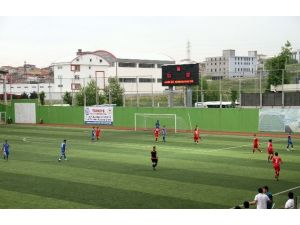 Esenyurt Necmi Kadıoğlu Stadyumu Üniversiteler Arası 2.lig Futbol Müsabakalarına Ev Sahipliği Yaptı