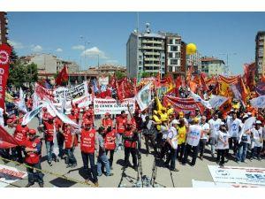 Eskişehir'de 1 Mayıs Coşkuyla Kutlandı