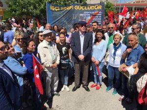 Başkan Kurt, 1 Mayıs Kutlamalarında İşçileri Yalnız Bırakmadı