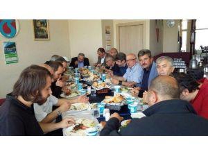 Bolu'da Karadenizliler Yemekte Bir Araya Geldi