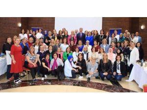Başkan Yanılmaz, Kadın Muhtarlarla Bir Araya Geldi