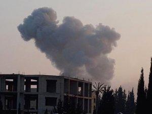 IŞİD'in Türkiye Sınırındaki Silah Mevzilerine Bomba Yağdı! 63 Terörist Öldürüldü