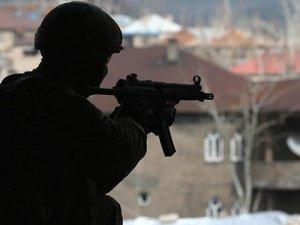 PKK'nın Van Sorumlusunun Evinden 6 Bin 500 Dolar Çıktı