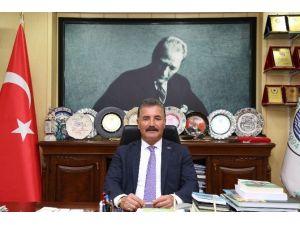 Başkan Tuna, 3 Mayıs Türkçülük Günü'nü Kutladı