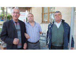 Burhaniyeli Meclis Üyesi Yardımcı Meslektaşlarını Ziyaret Etti