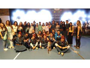 Dicle Üniversitesi halk oyunları ekibi 4 kupayla evine döndü