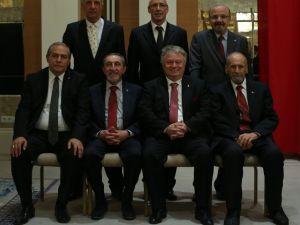 Beşiktaş'ta Divan Kurulu Başkanı değişmedi