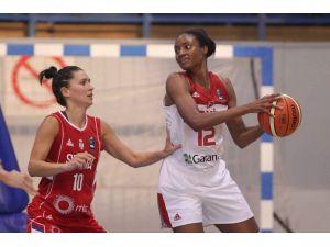 A Milli Kadın Basketbol Takımı, Sırbistan'a 61-51 yenildi