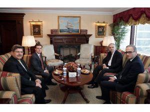 Bakan Faruk Özlü İhlas Holding'i ziyaret etti