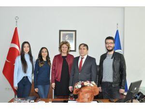 """Uşak Üniversitesi'nin """"Roman Kadınların Gebelik ve Annelik Süreci"""" adlı proje kabul edildi."""