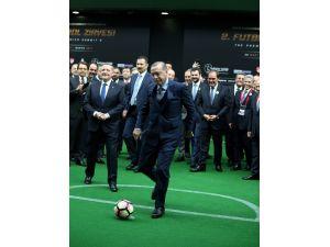 Cumhurbaşkanı Erdoğan'dan Marcel Desailly'e penaltı