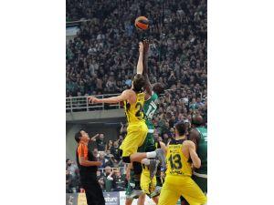 Fenerbahçe, Final-Four'a yakın
