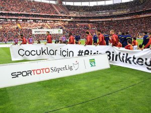 Galatasaray-Fenerbahçe derbisinde çocuklar kazanacak