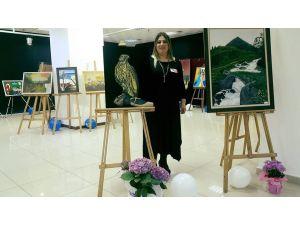 Ressam Arzu Aslan'ın eserleri beğenildi