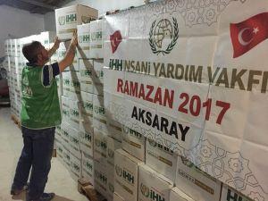 Aksaray İHH Ramazan için kumanya dağıtımına başladı