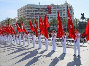 19 Mayıs törenlerle kutlanıyor