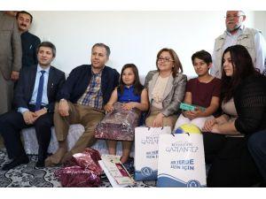 Kitabı yırtıldı diye Türkiye'yi ağlatan kız Gaziantepli çıktı