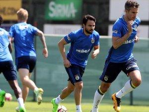 Fenerbahçe Trabzonspor'u konuk ediyor
