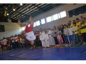 Tatvan'da yaz spor kurslarının açılışı yapıldı