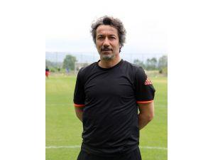 Evkur Yeni Malatyaspor, transferde imzaları bekliyor